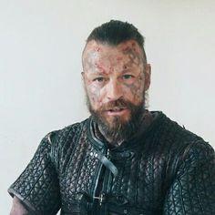 Vikings Show, Vikings Tv, Alexander Ludwig, Travis Fimmel, Staging, Pin Up, Tv Shows, Actors, Board