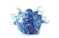http://tonda4ewer.wixsite.com/my-work/painted-porcelain