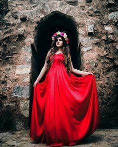 Kritika Khurana, Boho Girl, Girl Photography, Boho Fashion, Ball Gowns, Girly, Style Inspiration, Photoshoot, Poses