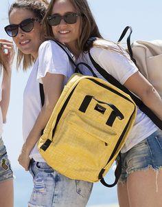 mochila croco amarillo-4