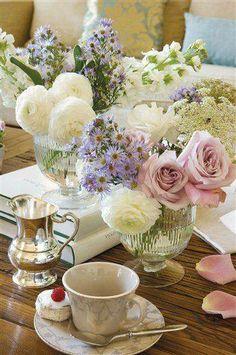 Avec des fleurs ..............