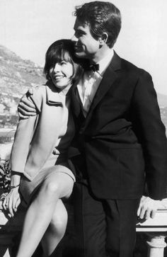 "Leslie Caron and Warren Beatty.....Caron had an affair with Warren Beatty (1961). When she and Hall divorced in 1965, Beatty was named as a co-respondent and was ordered by the London court to pay ""the costs of the case""."