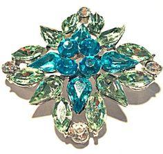 Costume Jewelry: Green Blue Rhinestone Brooch Pin (Image1)