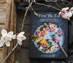 I just received this amazing book two weeks ago and I already tried 3 recipes of it! Im usually not a big fan of cookbooks and only use 1 regularly but this is not just a cookbook. It's a stunning collecting of beautiful pictures capturing texts and mouth-watering recipes. Congratulations to you my dear @evakosmasflores for creating such an unique and inspiring book. . And this post goes well with the #swissbloggerchallenge from @marlenessweetthings. What a great idea to connect with each… Congratulations To You, Inspirational Books, Food Waste, Vintage Kitchen, Instagram Feed, You And I, Good Books, Connect, The Creator