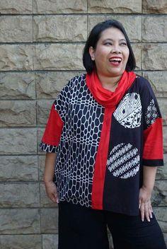 Blouse Batik, Batik Dress, African Print Fashion, Fashion Prints, Traditional Outfits, Ikat, Bomber Jacket, Blouses, Plus Size