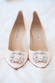Source Images - A disney princess wedding with a blush terry fox dress pink manolo blahnik shoes with crystal trim a unicorn a dog a bouncy castle and a pastel colour scheme