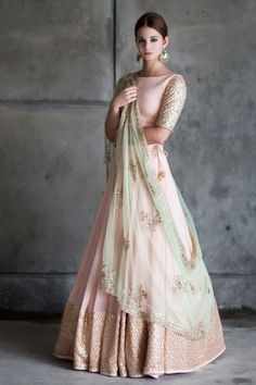 Peach And Mint Green Lehenga Blouse Indian Bridesmaid Outfit - Peach And Mint Green Lehenga Blouse Indian Bridesmaid Outfit Indian Designer Lengha Skirt Blush Peach Wedding Dress Summer Bridal Wear The Color Isnt Exactly Like The Original Pink Mint Gre Indian Bridal Fashion, Indian Wedding Outfits, Indian Outfits, Indian Engagement Outfit, Bridal Outfits, Indian Fashion Trends, Indian Clothes, Indian Reception Outfit, Pakistani Clothing