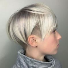 Cool short pixie blonde hairstyle ideas 40