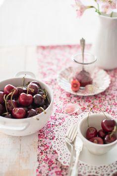 #photography #kids afternoon summer snack ideas #summer organic fresh cherries | Au Petit Goût