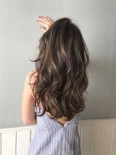 Long Wavy Ash-Brown Balayage - 20 Light Brown Hair Color Ideas for Your New Look - The Trending Hairstyle Brown Hair Shades, Light Brown Hair, Brown Hair Colors, Dark Hair, Cool Brown Hair, Hair Colours, White Hair, Dark Brown, Brown Hair Balayage