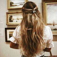 Messy Hairstyles, Pretty Hairstyles, Hairdos, Cut Her Hair, Hair Cuts, Different Hairstyles, Dream Hair, Bad Hair, Hair Looks