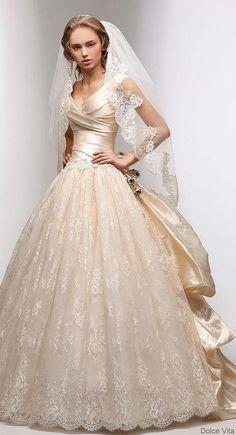 flakiis-soloriio-blog: Dolce Vita abito da sposa