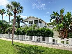 VRBO.com #515046 - 'Sea Breeze' - Beautiful Clearwater Beach Home - Heated Pool, Spa & Grill
