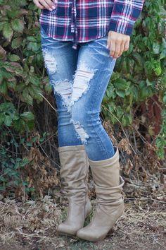 Destroyed Skinny Capri Jeans