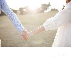 올림픽공원 데이트스냅 셀프웨딩 save the date Pre Wedding Poses, Pre Wedding Photoshoot, Wedding Shoot, Wedding Couples, Cute Couples, Bridal Photography, Couple Photography, Children Photography, Funny Wedding Photos