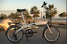 Uso bicicleta electrica plegable para mejorar la salud