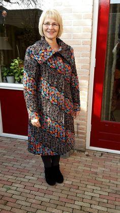 Winterjas. Stof gekocht bij Textielstad.