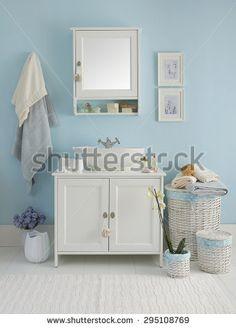 blue wall  clear bathroom style