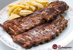 Ribs with homemade barbecue sauce - Celine's Recipes Homemade Barbecue Sauce, Homemade Tomato Sauce, Salsa Barbacoa Casera, Baked Pork Ribs, Pork Recipes, Healthy Recipes, Pig Roast, Chops Recipe, Bbq Ribs