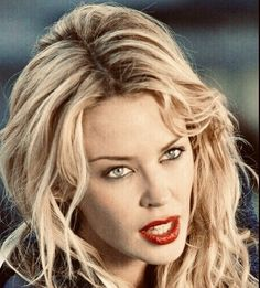 Kim Basinger, Famous Singers, Kylie Minogue, Pin Up, Idol, Ann, Actresses, Princess, Stars