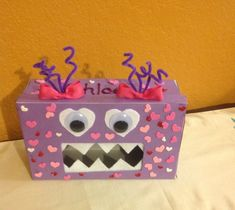 My daughter loves monsters so, it was only appropriate to make this love monster Valentines box! Super easy - in fact It was a last minute thing thrown together from a shoe box and random craft stuff I had lying around! Valentine Boxes For School, Valentines Day Party, Valentines For Kids, Valentine Day Crafts, Montessori, Valentine Activities, Valentine's Day Diy, In Kindergarten, Halloween