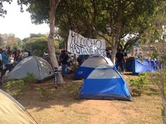 Reporta @weAREwilll:   Sigue la resistencia en la Plaza Rotary . #Maracaibo pic.twitter.com/DVCfuSwpBM