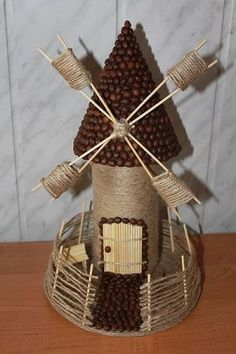 Discover thousands of images about Topiary DIY Burlap Crafts, Cork Crafts, Shell Crafts, Diy Crafts Hacks, Diy Home Crafts, Crafts For Kids, Bottle Painting, Bottle Art, Coffee Bean Art