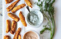 Palitos de pescado crocantes | 27 Versiones sanas de las comidas favoritas de tus hijos