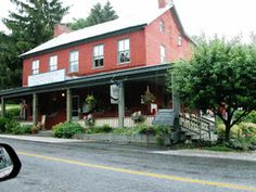 Cashtown Inn - Stay at the historic HAUNTED Cashtown Inn  - 8 miles from  Gettysburg, PA - There have been many paranormal investigations here as well as being featured on the Travel Channel.  For reservations & information: The Cashtown Inn, Cashtown, PA   Jack and Maria Paladino   717-334-9722