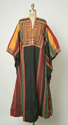 Wedding dress, Middle Eastern (Palestinian), ca. Ethnic Fashion, African Fashion, Boho Fashion, Vintage Fashion, Arab Fashion, Sporty Fashion, Fashion Women, Winter Fashion, Antique Clothing