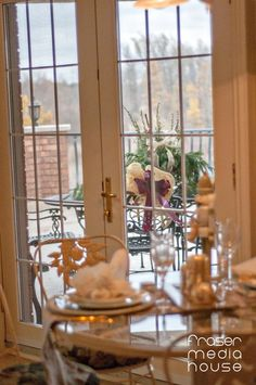 Junior League of Hamilton-Burlington's annual Holiday House Tour of Distinctive Homes is a not to be missed holiday event! Holidays And Events, House Tours, Hamilton, Jr, Homes, Holiday Decor, Houses, Home, House