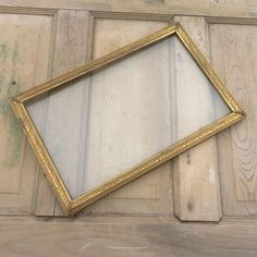 Ornate Solid Brass Metal Gold Tone & Glass X Antique Picture Table Frame or Wall Hanging, Victorian Mid Century Wall Frames Antique Picture Frames, Vintage Photo Frames, Antique Pictures, Brass Metal, Solid Brass, Picture Table, Distressed Signs, Table Frame, Frame Display