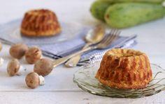 Μια εύκολη συνταγή γιαυπέροχα, ζουμερά, βελούδινα, αλμυρά κέικ με κολοκυθάκι και μανιτάρια. Μια παραλλαγή των κλασικών muffin κολοκυθιού που αξίζει να δοκ