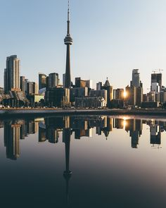 Toronto by Mitsuru Wakabayashi on Backpacking Canada, Canada Travel, City Aesthetic, Travel Aesthetic, Toronto Photography, Travel Photography, Mexico Canada, Visit Canada, Canada Canada