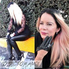 ¡El romance está de vuelta! No sólo porque estamos por celebrar el Día de San Valentín sino también porque esta es una de las tendencias que veremos mucho esta temporada: Encaje, cuellos con olanes...http://www.eldiariodecandy.com/lace-blouse #Romance #Gotico #Gothic #Lace #Lookbook #Ootd #Outfit #Estilismo