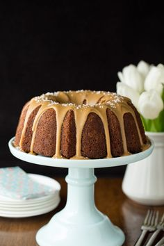 This Banana Pound Cake with Salted Toffee Icing may be the most delicious, easy banana cake you'll ever make! The icing takes it over the top! Banana Pound Cakes, Banana Bundt, Banana Bread, Best Chocolate Cupcakes, Chocolate Cake, Almond Cakes, Sweets Recipes, Potluck Recipes, Cupcake Recipes