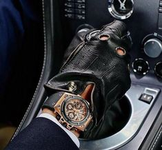 Men's Fashion Tips - Men's Style Guide And Advice - Next Luxury Leather Driving Gloves, Leather Gloves, Leather Men, Mens Style Guide, Men Style Tips, Sharp Dressed Man, Mens Gloves, Girly, Luxury Watches For Men