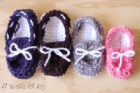 Free Crochet Pattern: Baby Boat Booties | Crochet Direct