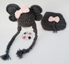 Check out this item in my Etsy shop https://www.etsy.com/listing/456298010/newborn-elephant-set-newborn-photo-prop