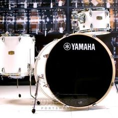 Yamaha Stage Custom Birch 3pc Rock Drum Set Pure White The Stage Custom Birch series is great for the beginner or the working professional. The staggered diagonal seam allows us to build a thin shell that will start round and stay round. The beautiful high-gloss lacquer finish and low-mass lugs lets the shell vibrate for superb tone and sustain. Purchase Here: http://www.drumcenternh.com/yamaha-stage-custom-birch-3pc-shell-pack-24x15-12x8-16x15-pure-white.html