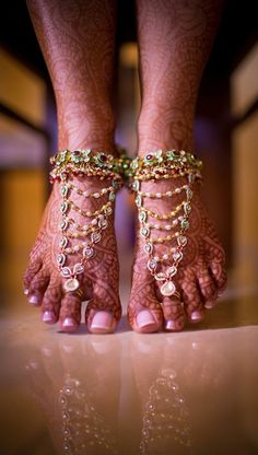 Lovely toe rings designs ideas for bridals (9)
