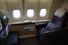 Review: Lufthansa A340 FIRST München - Washington - http://youhavebeenupgraded.boardingarea.com/2016/11/review-lufthansa-a340-first-munchen-washington/