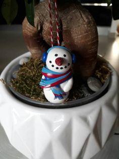Bonhomme de neige à suspendre dans le sapin décoration de