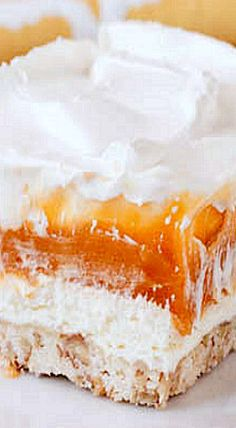Pudding Lust - the recipe states you can choose whatever flavor pudding you like, however, this butterscotch looks very tempting! Camping Desserts, Party Desserts, Just Desserts, Delicious Desserts, Amish Peanut Butter Pie Recipe, Lush Cake, Whipped Cream Desserts, Cupcake Cakes, Cupcakes