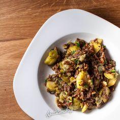 szybkie i zdrowe dania jednogarnkowe bez glutenu risotto z brukselką i czerwonym ryżem Cooking Recipes, Healthy Recipes, Healthy Food, Wok, Sprouts, Grains, Rice, Beef, Vegan