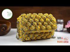 (38) Tutorial - Pochette nocciolina stile Missoni - YouTube Diy Crochet Bag, Crochet Bag Tutorials, Crochet Clutch, Crochet Handbags, Crochet Purses, Crochet Videos, Crochet Mittens Free Pattern, Crochet Buttons, Diy Handbag