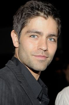 Adrian Grenier and his beautiful eyes..my style:) lol my  husband is my style but i have a secret crush on Adrian Grenier ..shh.