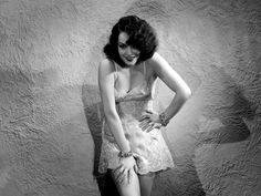 Lupe Velez - vintage everyday: Beautiful and Sexy Portrait Photography of 50 Hollywood Actresses from the Classic Actresses, Hollywood Actresses, Beautiful Actresses, Classic Movies, Belle Epoque, Funeral, Divas, Lupe Velez, Mexican Actress
