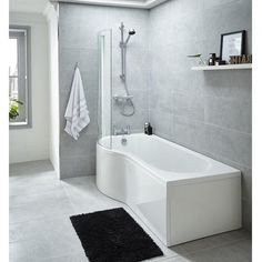 Premier P Shaped Left Hand Whirlpool Shower Bath with 8 Jets The Jupiter bath range is made from approx thick white acrylic with its White Bathroom, Modern Bathroom, Small Bathroom, Downstairs Bathroom, Bathroom Things, Dream Bathrooms, Contemporary Bathrooms, Amazing Bathrooms, Bathtub Drain
