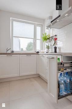 Zielone Śródmieście - Mała otwarta zamknięta kuchnia w kształcie litery l, styl nowoczesny - zdjęcie od PRACOWNIE WNĘTRZ KODO